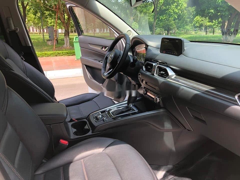 Cần bán xe Mazda CX 5 2.0 đời 2018, màu trắng xe gia đình (6)