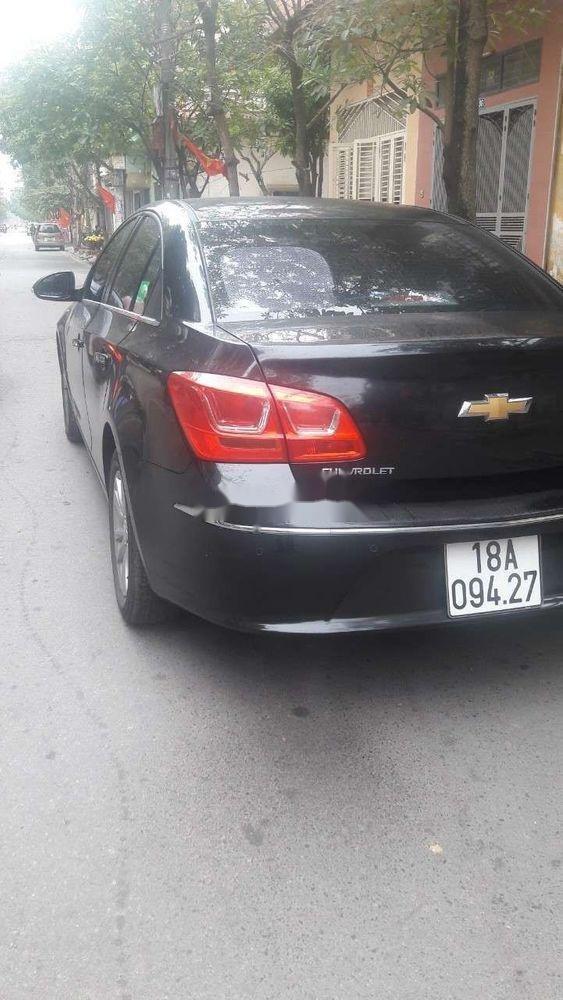 Cần bán lại xe Chevrolet Cruze sản xuất 2017, màu đen, nhập khẩu nguyên chiếc chính hãng (6)