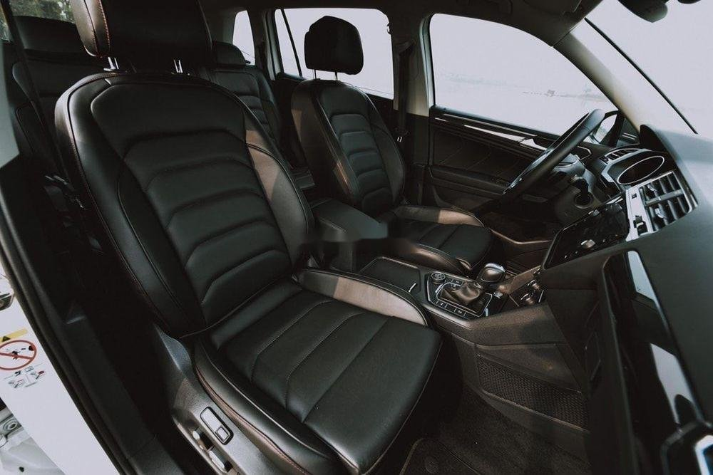 Cần bán Volkswagen Tiguan Allspace sx 2019, tính năng hiện đại (8)