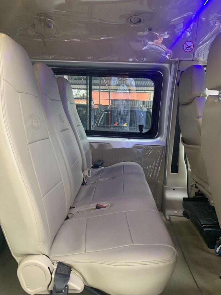 Cần bán Ford Transit đời 2014, màu bạc (5)