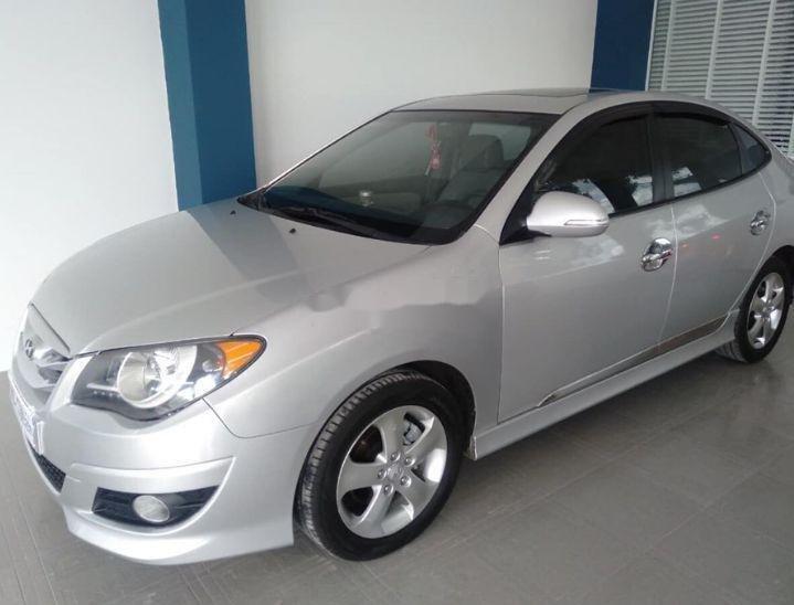 Cần bán gấp Hyundai Avante sản xuất năm 2014, xe nguyên bản (1)