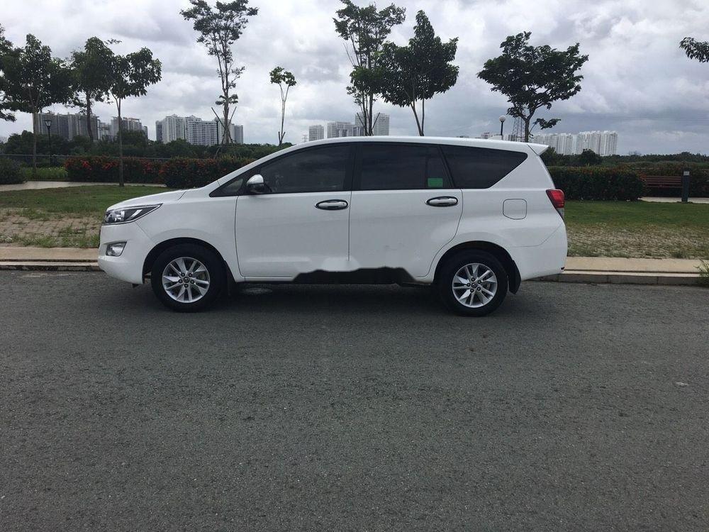 Bán Toyota Innova đời 2018, màu trắng, xe nguyên bản (6)