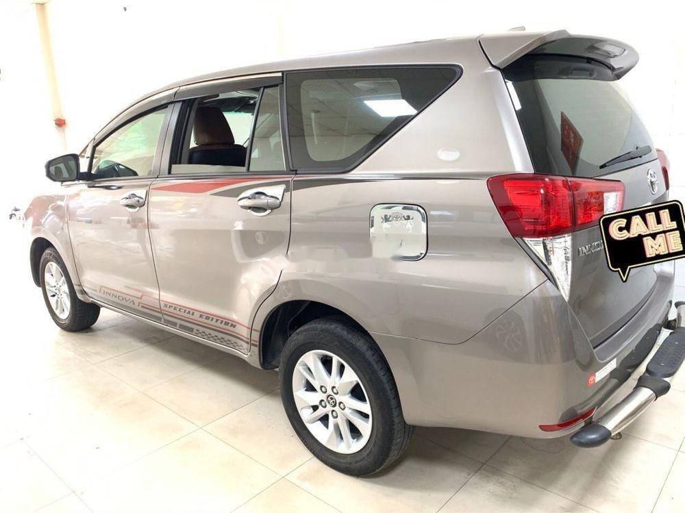 Bán ô tô Toyota Innova MT 2018 số sàn, 675tr (3)