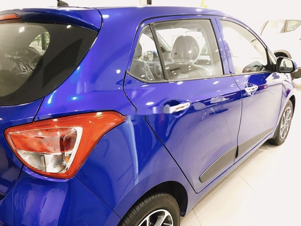 Bán Hyundai Grand i10 sản xuất năm 2019, màu xanh lam, 330 triệu (4)