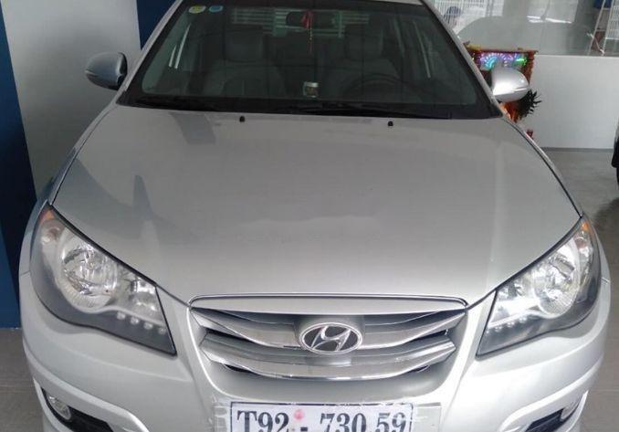 Cần bán gấp Hyundai Avante sản xuất năm 2014, xe nguyên bản (4)