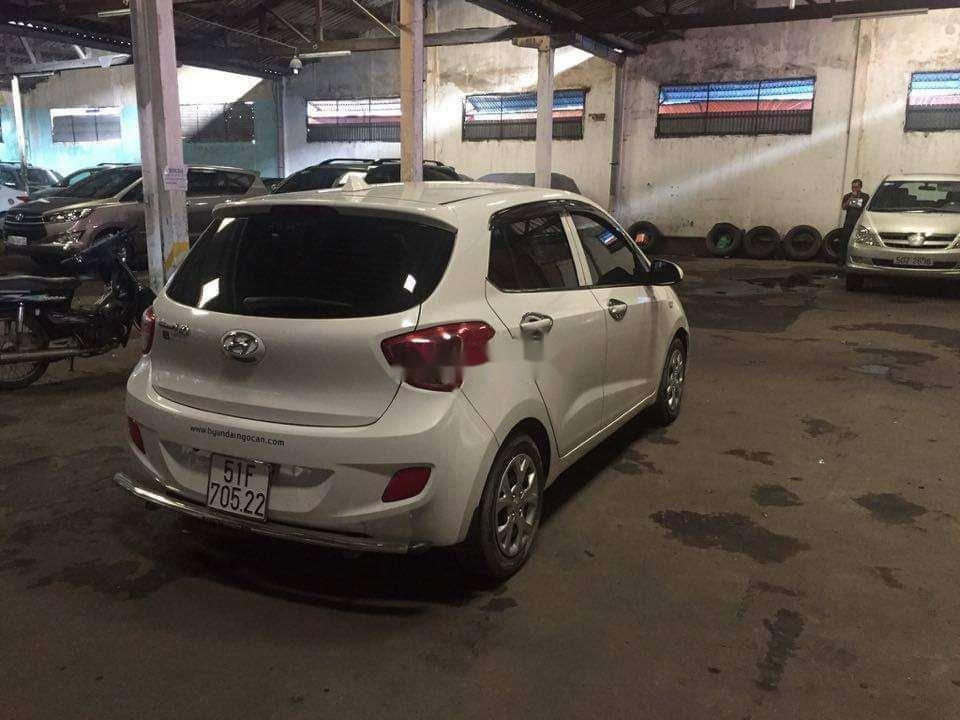Bán Hyundai Grand i10 năm 2015, màu trắng, nhập khẩu số sàn (5)