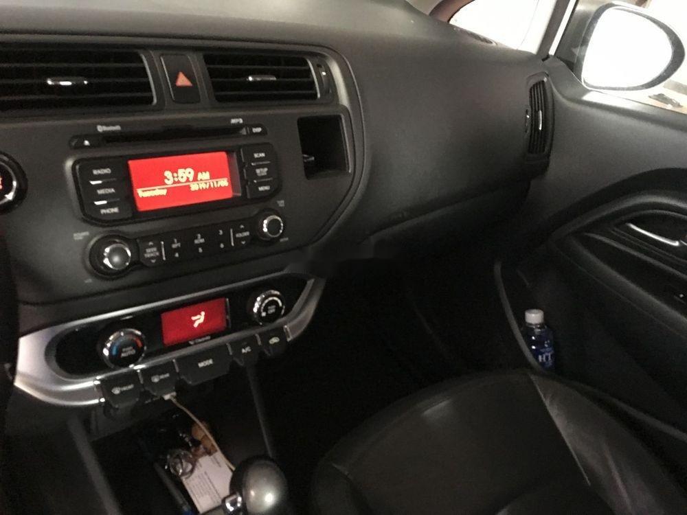 Bán ô tô Kia Rio AT đời 2012, màu bạc, xe nhập  (10)