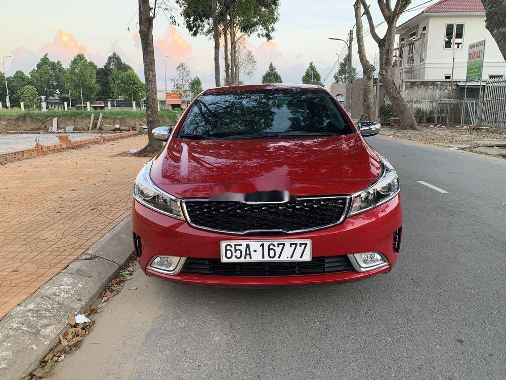 Bán xe Kia Cerato MT đời 2018, màu đỏ chính chủ (2)