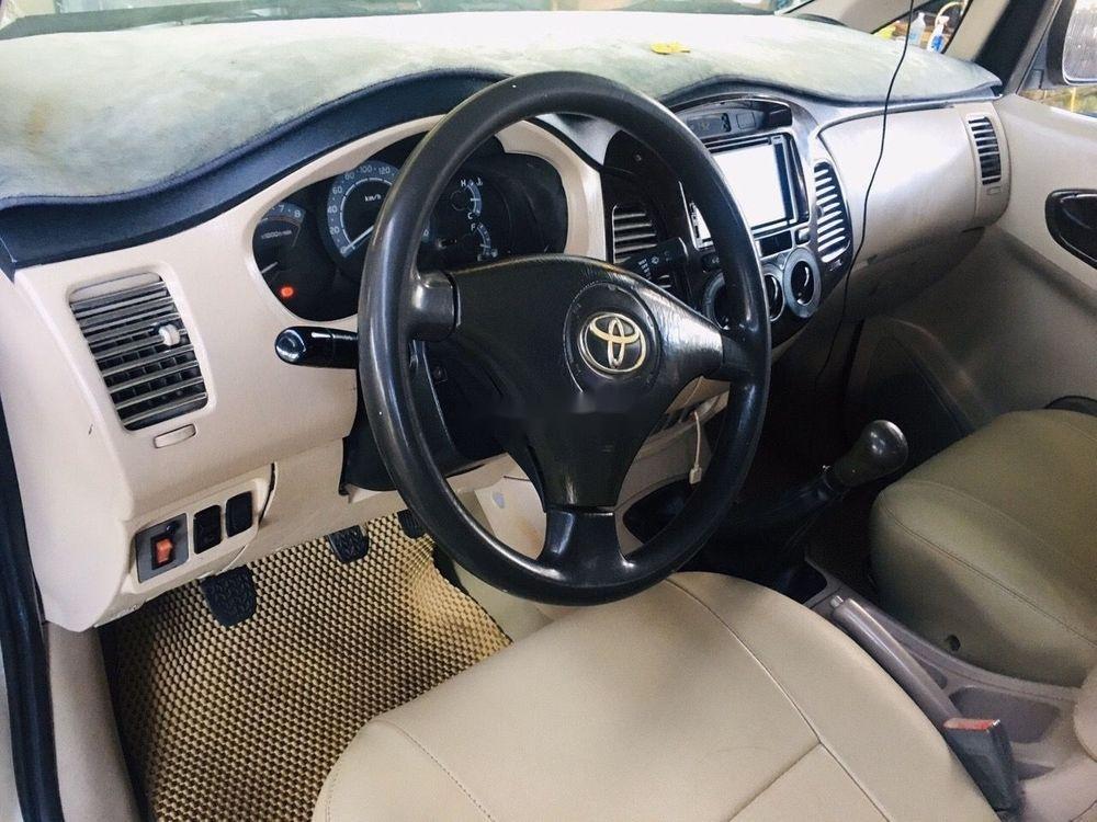 Cần bán Toyota Innova sản xuất năm 2008, xe nguyên bản (7)