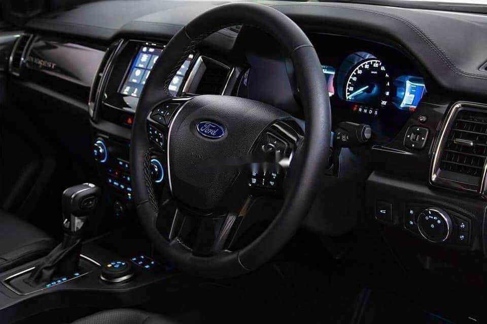 Bán ô tô Ford Everest đời 2019, màu đen, nhập khẩu nguyên chiếc (3)