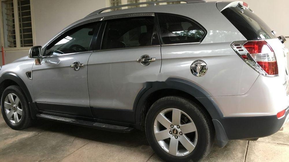 Bán Chevrolet Captiva năm 2007, màu bạc, 250tr (2)