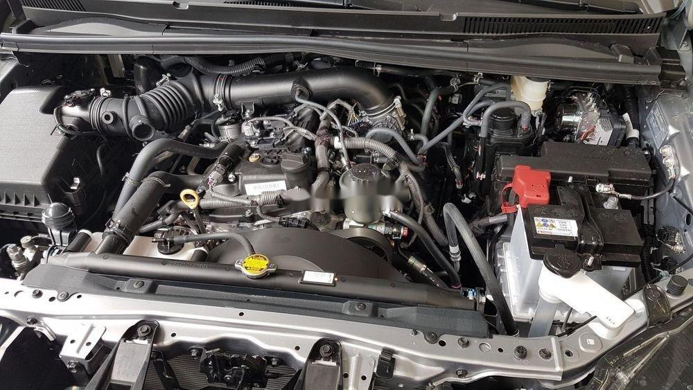 Cần bán Toyota Innova sản xuất năm 2019, giá ưu đãi (5)