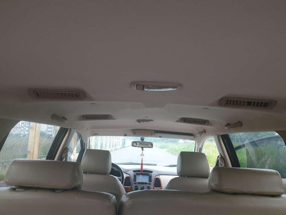 Cần bán gấp Toyota Innova đời 2007, màu bạc xe nguyên bản (10)