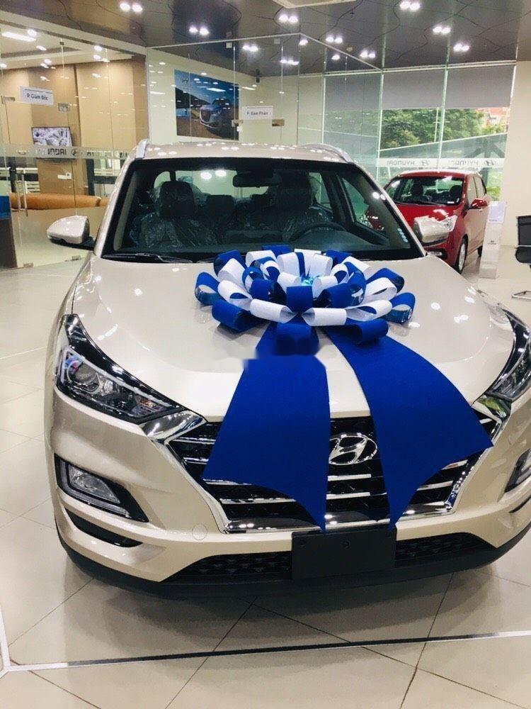 Cần bán xe Hyundai Tucson năm sản xuất 2019, giá ưu đãi (1)