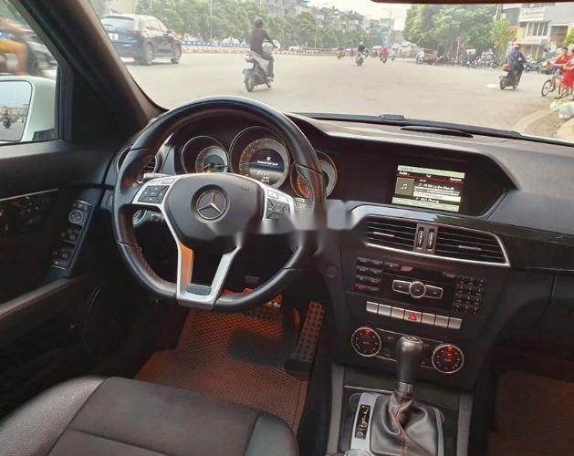 Bán ô tô Mercedes đời 2013, màu trắng xe nguyên bản (3)