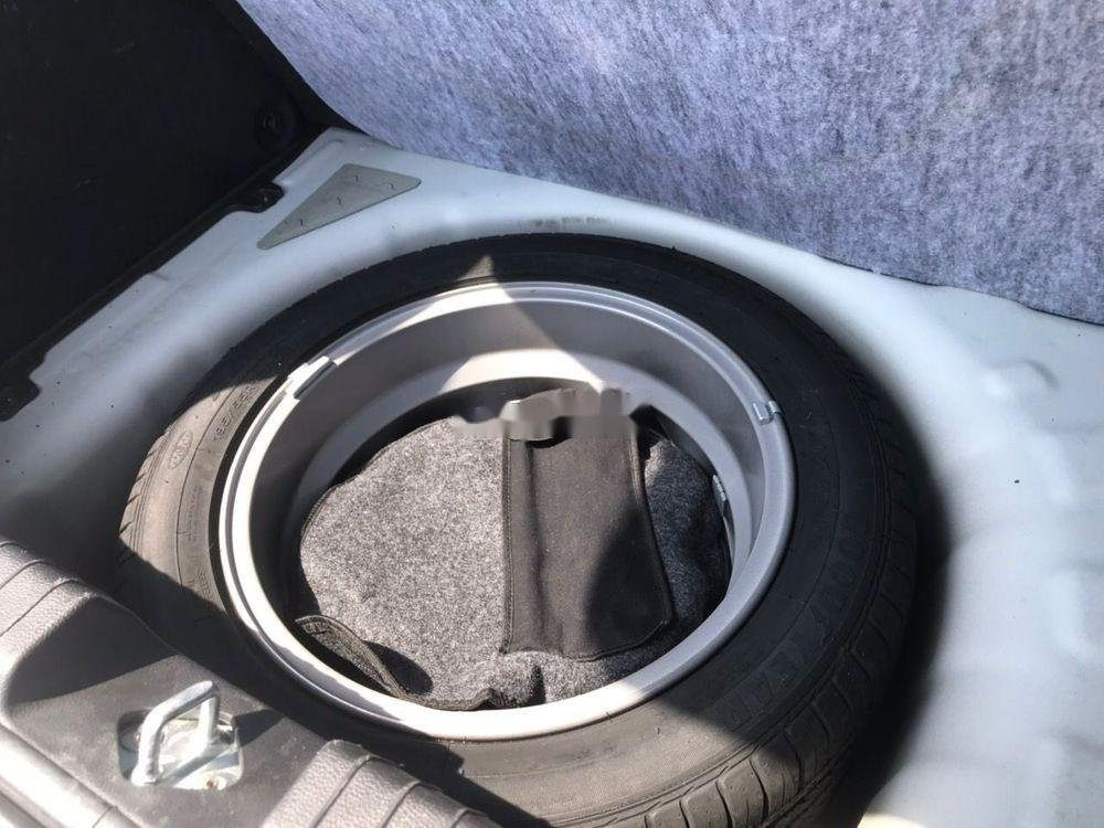 Bán Hyundai i20 đời 2016, màu trắng chính chủ xe nguyên bản (11)