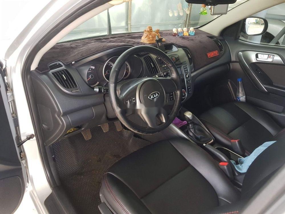 Bán xe Kia Forte đời 2011, màu bạc, xe nhập (3)