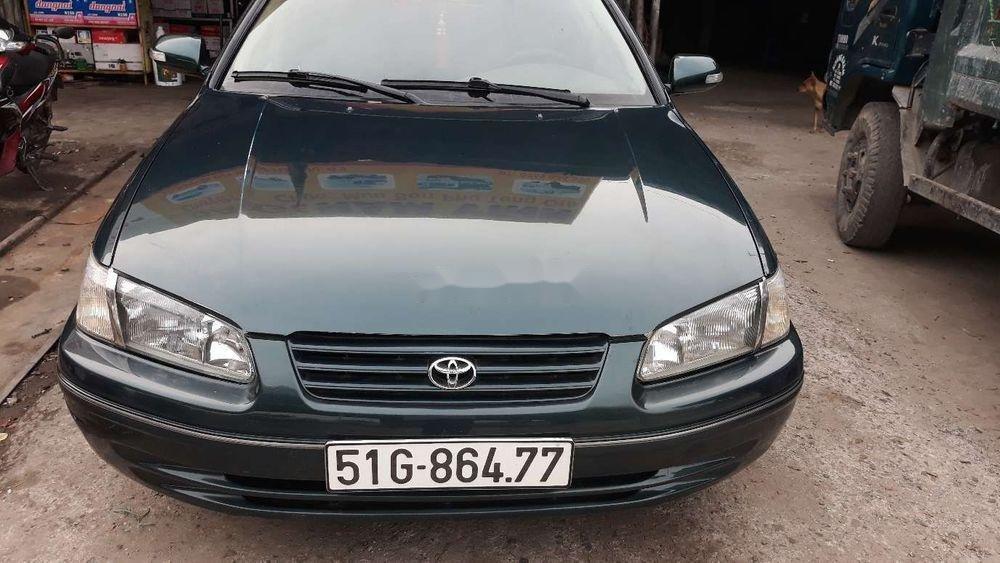 Cần bán xe Toyota Camry đời 1998, nhập khẩu xe gia đình (1)