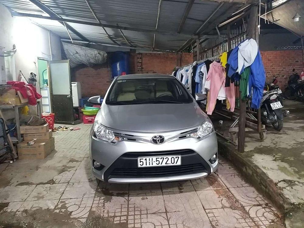 Cần bán xe Toyota Vios đời 2014, màu bạc xe nguyên bản (1)
