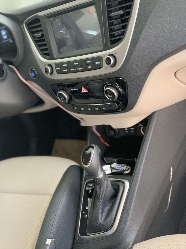 Bán xe Hyundai Accent sản xuất 2019, ưu đãi hấp dẫn (4)