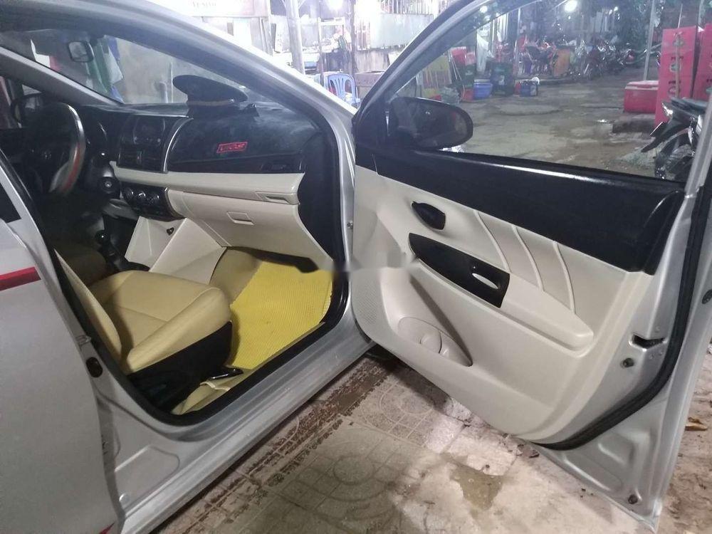 Cần bán xe Toyota Vios đời 2014, màu bạc xe nguyên bản (3)