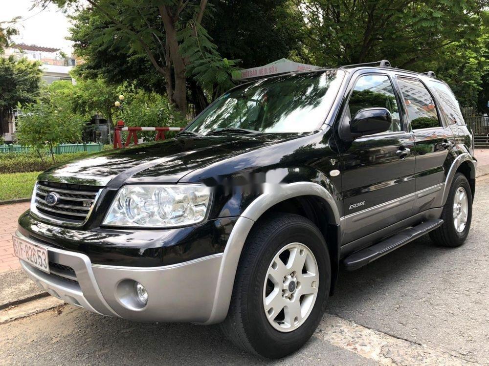 Cần bán gấp Ford Escape đời 2004, màu đen, giá tốt (2)
