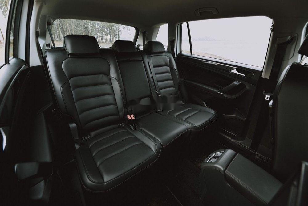 Cần bán Volkswagen Tiguan Allspace sx 2019, tính năng hiện đại (7)