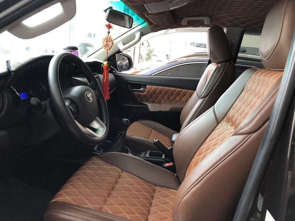 Bán xe Toyota Fortuner sản xuất năm 2017, xe nhập chính hãng (5)