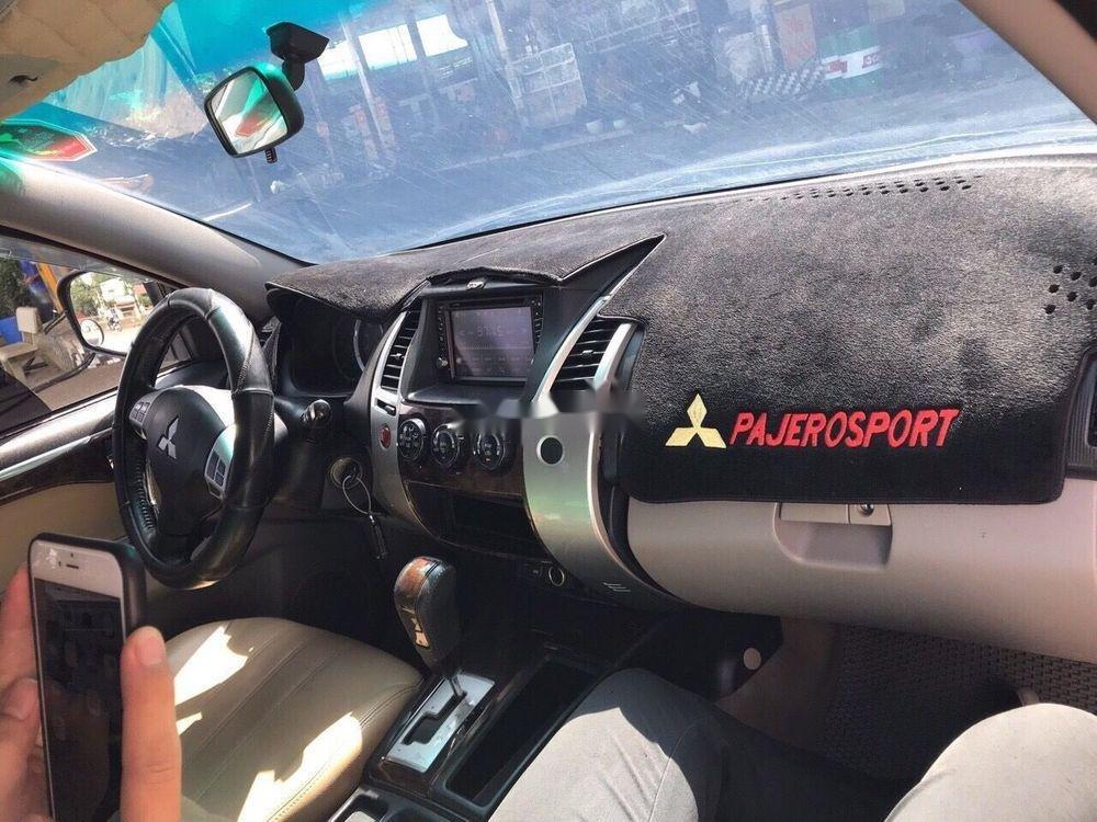 Cần bán xe Mitsubishi Pajero 2011, tự động máy dầu đời 2011 xe nguyên bản (4)