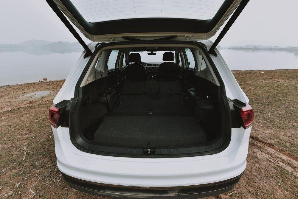 Cần bán Volkswagen Tiguan Allspace sx 2019, tính năng hiện đại (5)