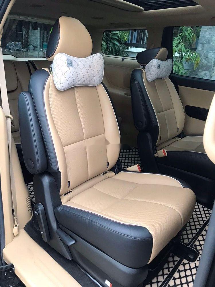 Cần bán Kia Sedona năm sản xuất 2016, xe nguyên bản (4)