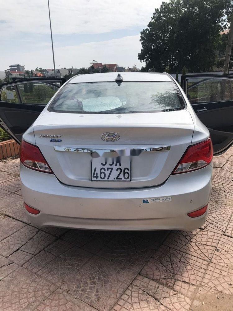 Bán Hyundai Accent đời 2015, màu bạc, nhập khẩu chính hãng (6)