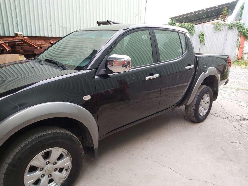 Cần bán xe Mitsubishi Triton sản xuất năm 2010, màu đen, nhập khẩu nguyên chiếc, giá tốt (1)