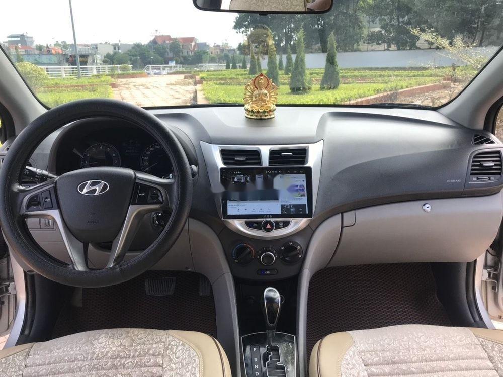 Bán Hyundai Accent đời 2015, màu bạc, nhập khẩu chính hãng (4)