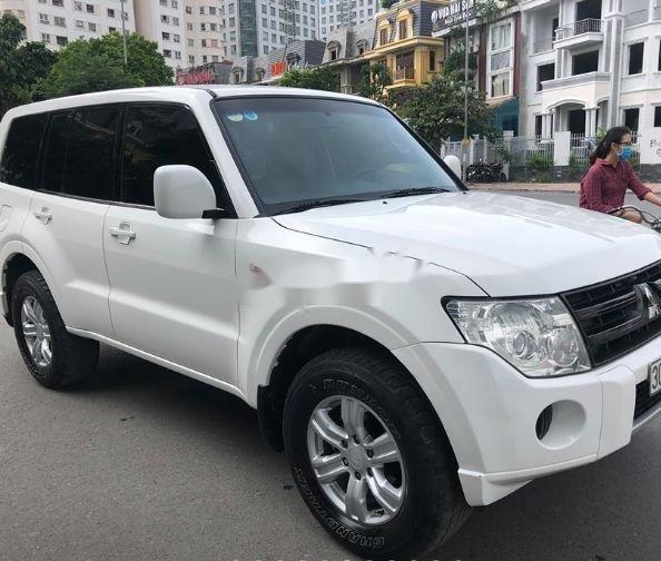 Bán Mitsubishi Pajero sản xuất năm 2008, màu trắng xe nguyên bản (1)