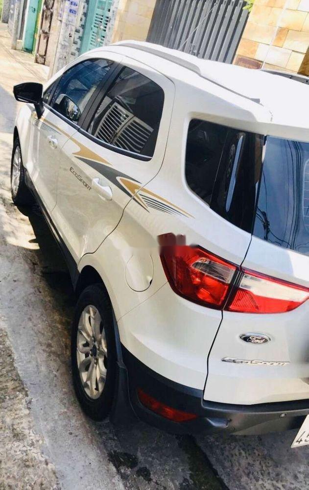 Cần bán lại xe Ford EcoSport sản xuất năm 2018, màu trắng như mới, giá tốt (5)