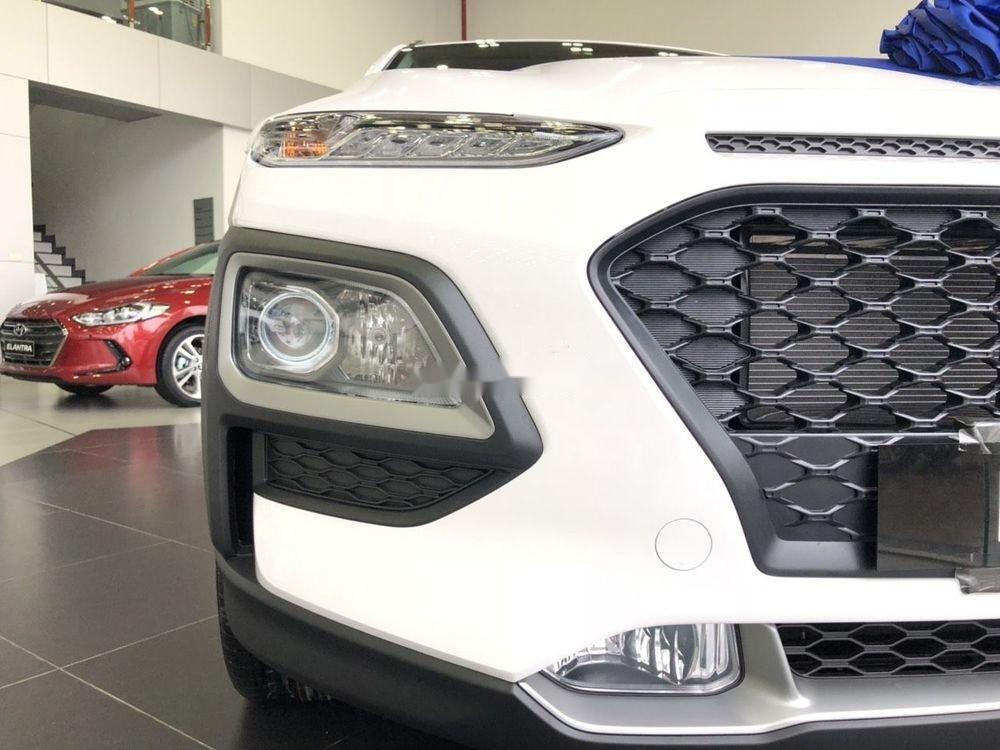 Bán xe Hyundai Kona 2.0AT đời 2019, quà tặng ưu đãi (7)