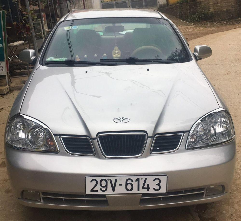 Bán xe Daewoo Lacetti đời 2004, màu bạc, giá 130tr (1)