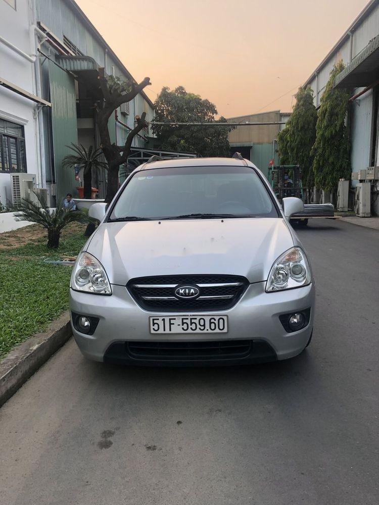 Bán xe Kia Carens 2.0 2010, màu bạc, giá tốt (1)