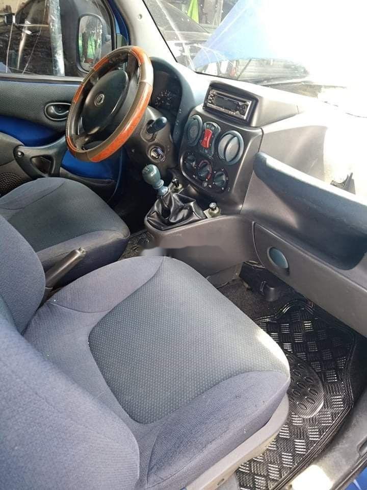 Cần bán gấp Fiat Doblo 2004, màu xanh lam, nhập khẩu nguyên chiếc số sàn (8)