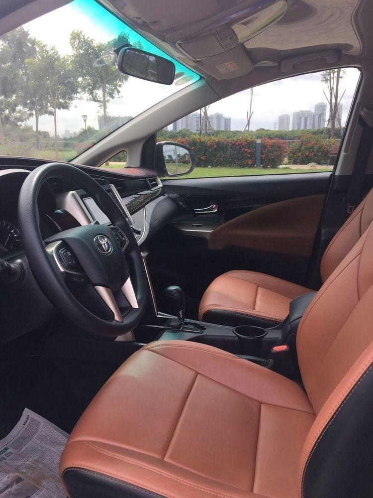 Bán Toyota Innova đời 2018, màu trắng, xe nguyên bản (1)