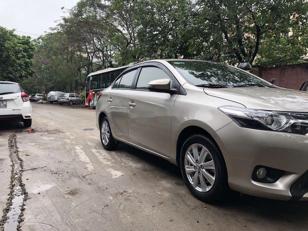 Cần bán xe Toyota Vios AT sản xuất 2015 (3)