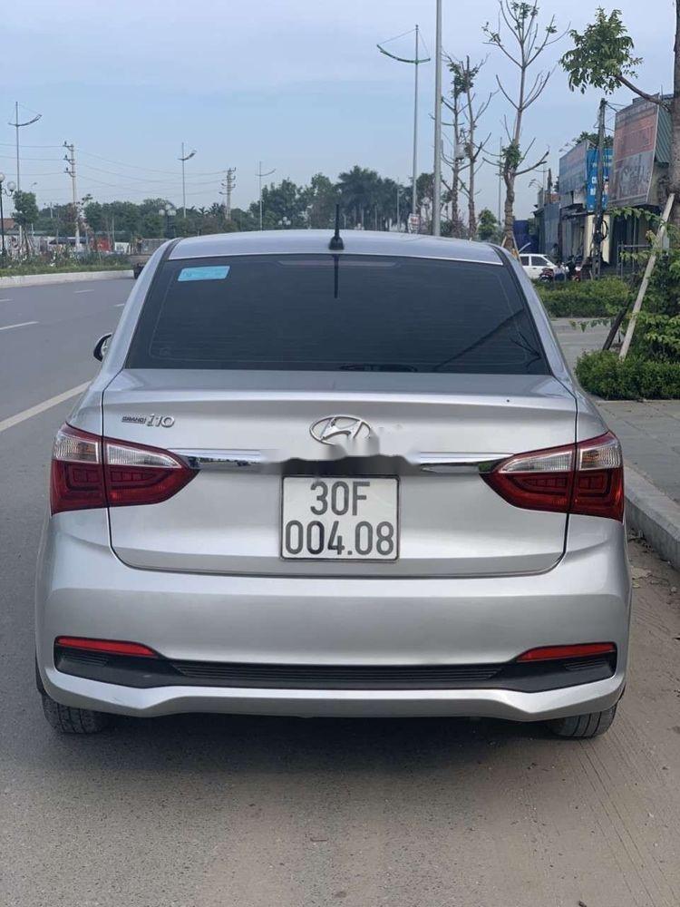 Cần bán Hyundai Grand i10 sản xuất năm 2017, màu bạc (5)