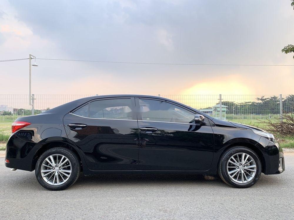 Cần bán gấp Toyota Corolla Altis năm 2015, xe nguyên bản (7)