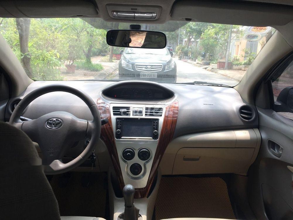 Cần bán Toyota Vios E MT năm 2013, màu đen xe gia đình (6)
