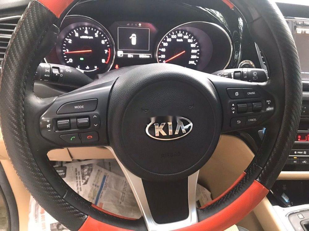 Cần bán Kia Sedona năm sản xuất 2016, xe nguyên bản (2)