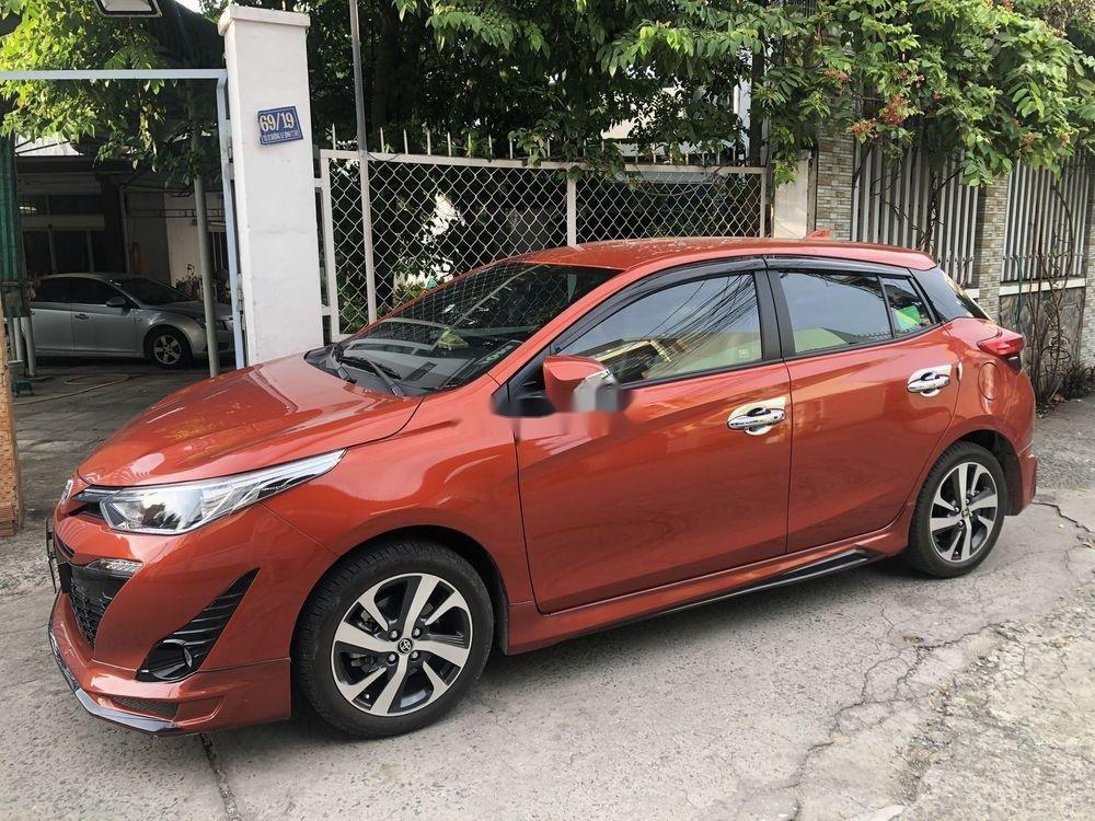 Cần bán xe Toyota Yaris sản xuất 2018, nhập khẩu chính hãng (2)