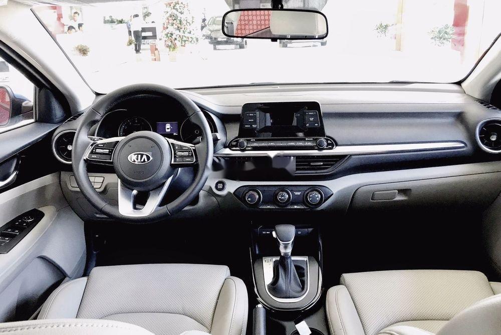 Cần bán xe Kia Cerato năm sản xuất 2019, giá ưu đãi (7)