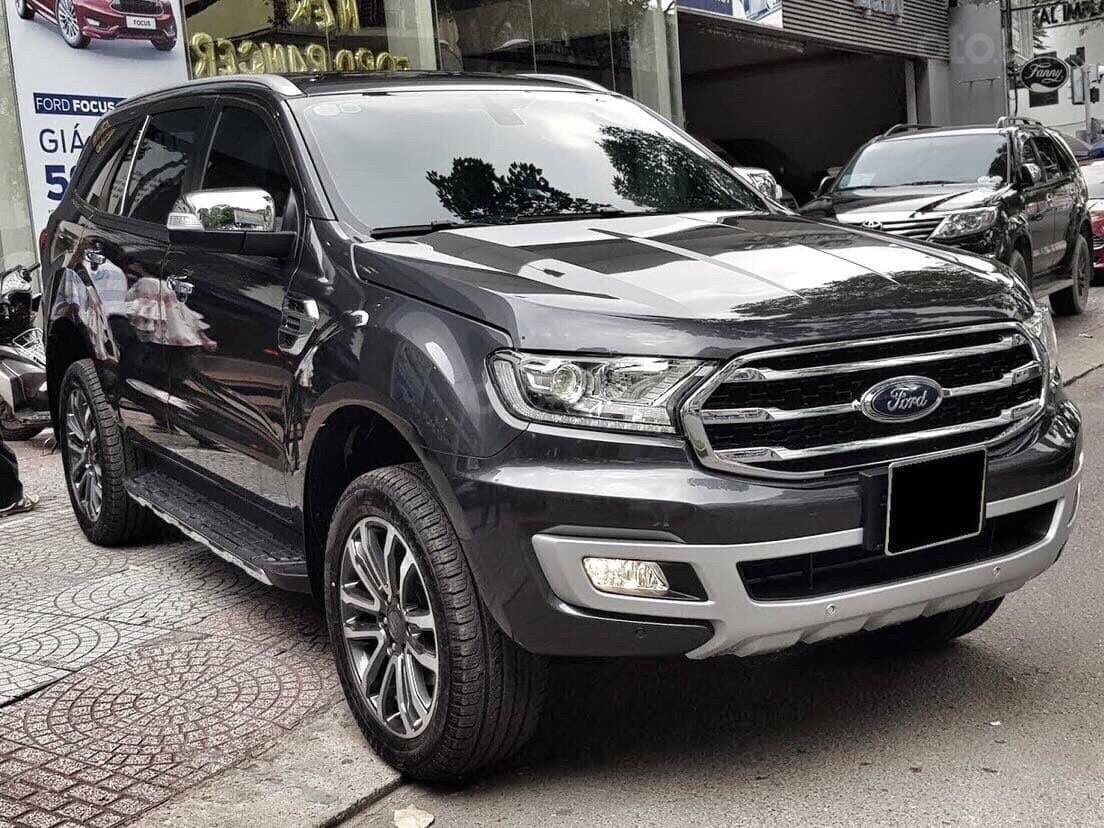 Bán Ford Everest titanium 4x2 năm sản xuất 2019, màu đen, xe nhập (2)