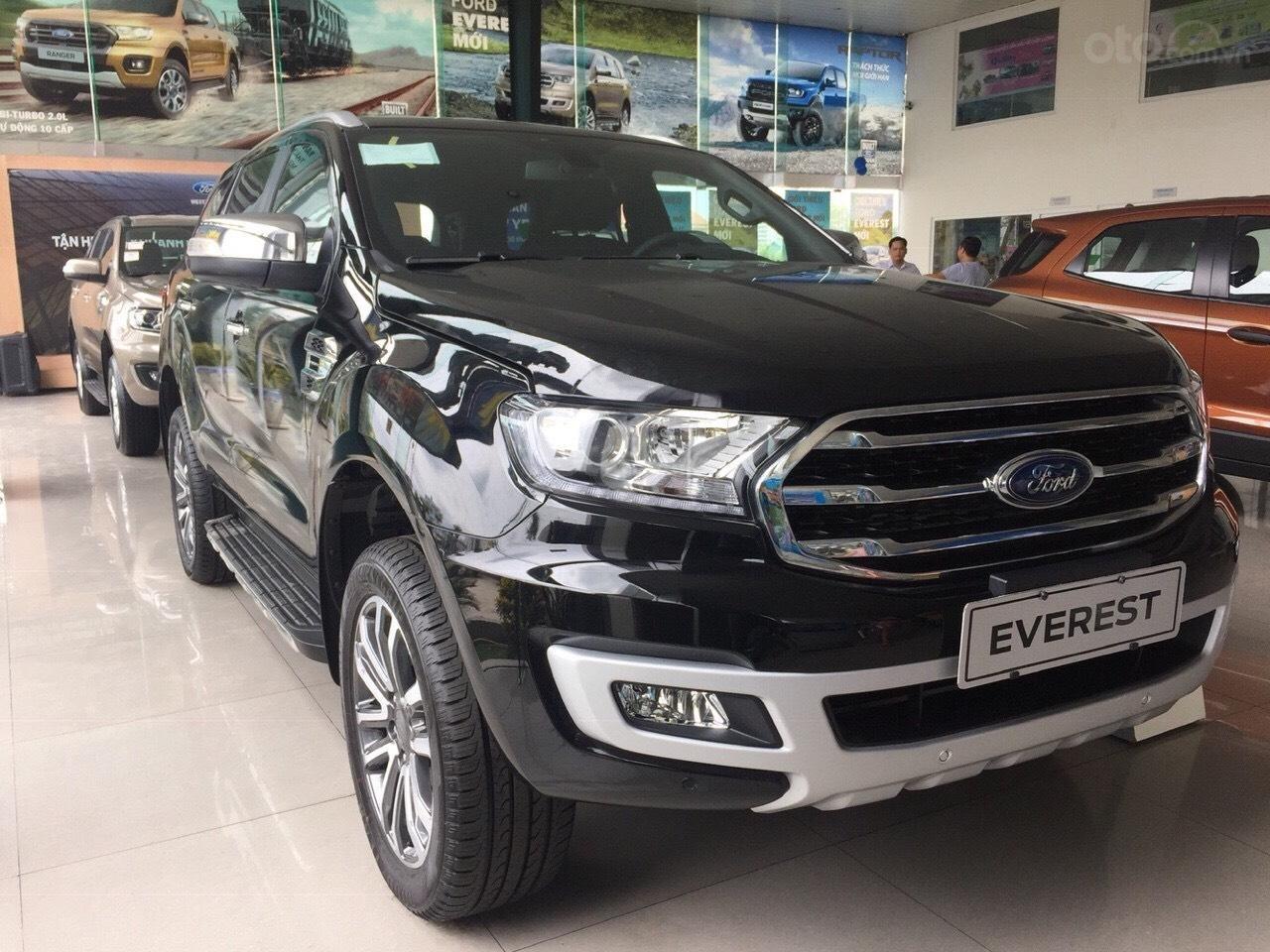 Bán Ford Everest titanium 4x2 năm sản xuất 2019, màu đen, xe nhập (3)